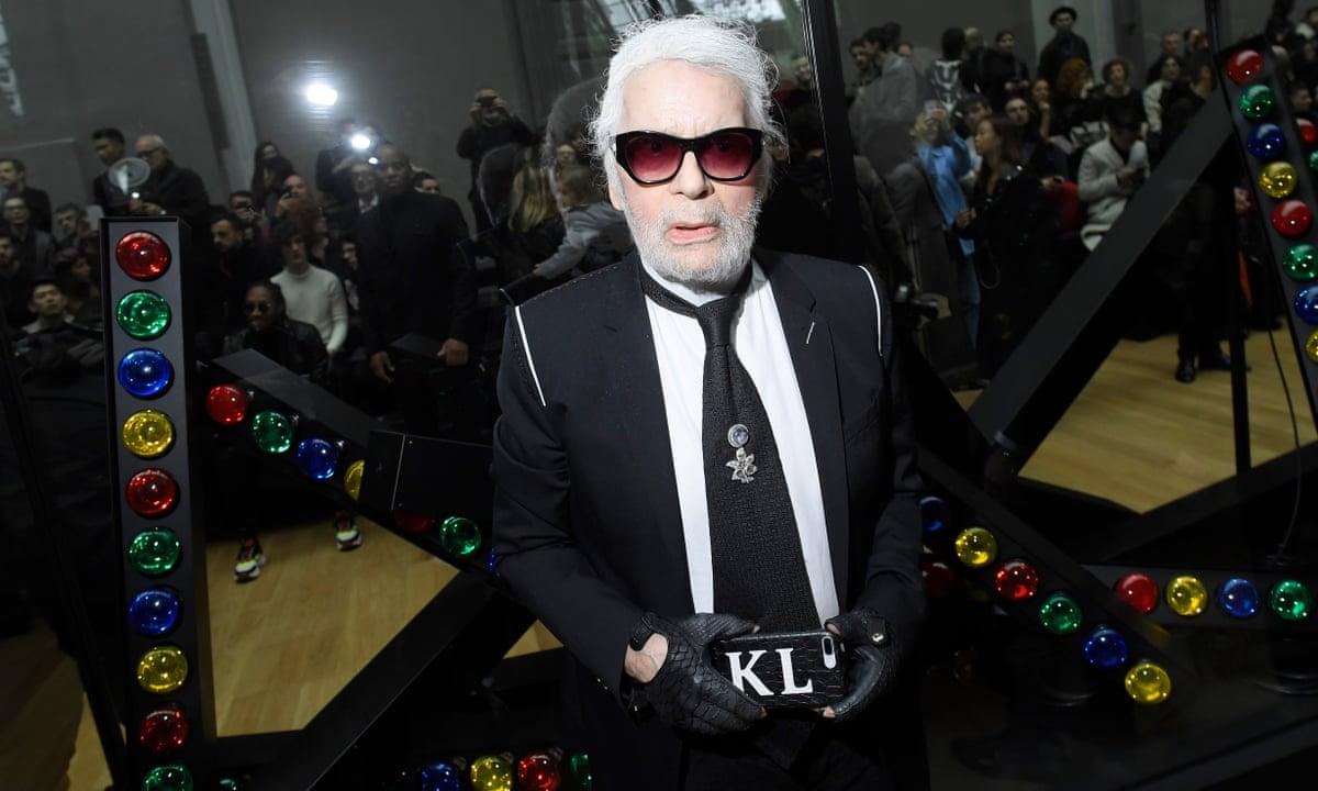 Karl Lagerfeld Chanel Fashion Designer Dies Aged 85 Fashion The Guardian