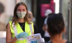 """Amsterdam begins an """"experiment"""" with mandatory face masks in the busiest streets of the city."""