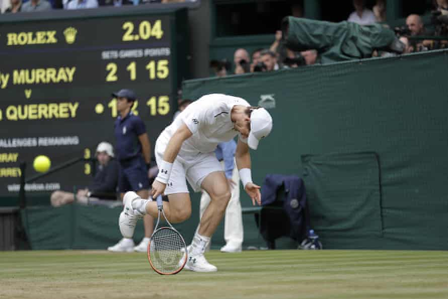 Murray struggles during the fourth set.