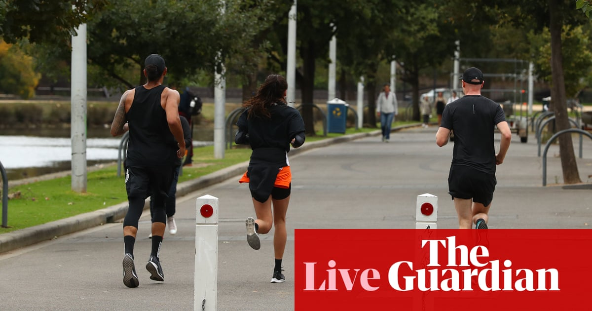 Australia coronavirus news: cases rise to 2793 nationally as three die in Victoria and states eye tighter lockdown – live updates – The Guardian