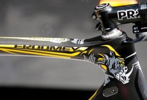 """Chris Froome's new custom artwork on his Pinarello DOGMA F8 to raise awareness about rhino and elephant poaching in Africa. #WhoseSideAreYouOn<br> <a href=""""http://www.unitedforwildlife.org/"""">www.unitedforwildlife.org</a>"""