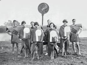 Angus McBean Body of Gleemen and Gleemaidens, Gleemote, 1929