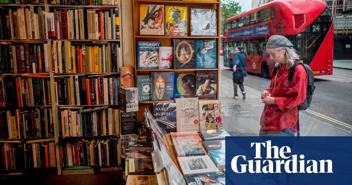 Authors to earn royalties on secondhand books for first time