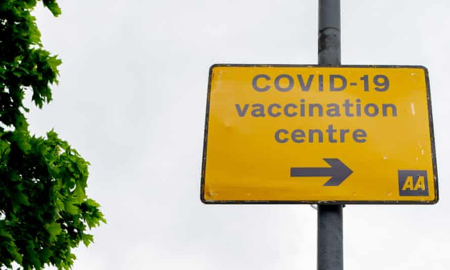 A sign for a Covid vaccination centre