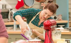 Lauren Katz on The Great Holiday Baking Show.