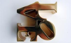 LOVE sculpture designed by Jim Dine