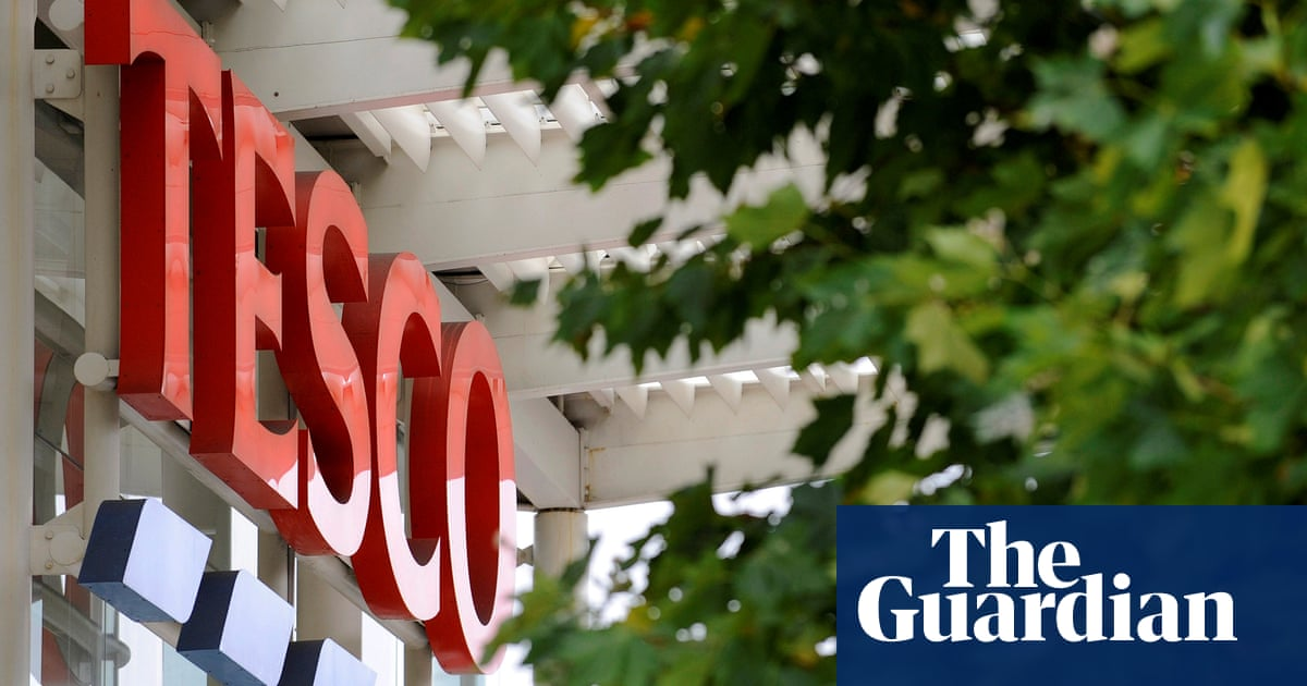 Tesco raises wages for store and warehouse workers by 10 45