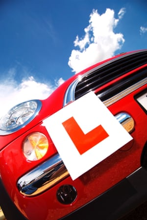 Learner plates on a car