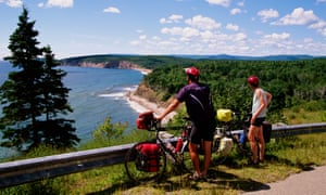 Cyclists in Cape Breton Highlands