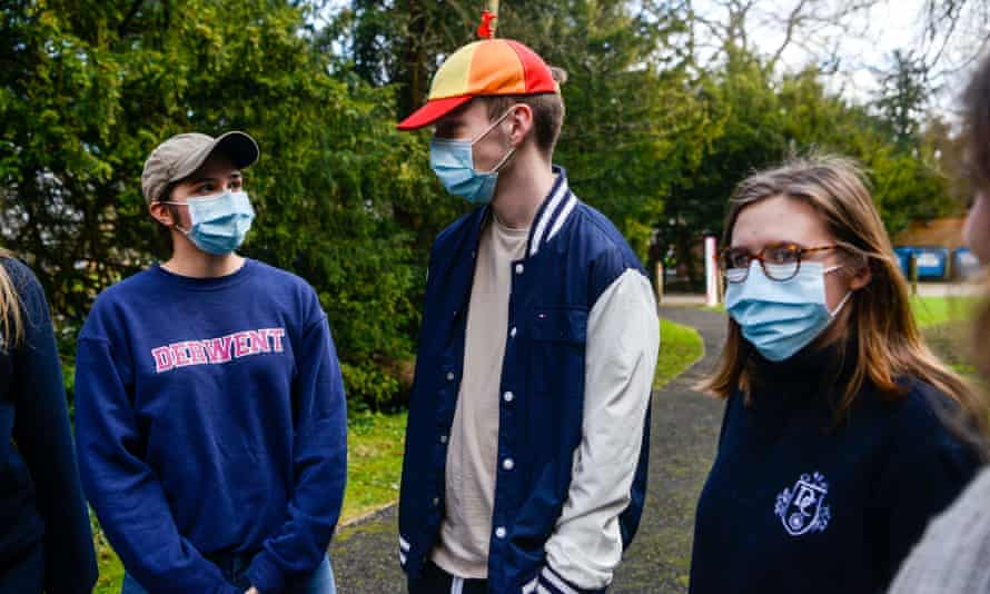 Students wearing face masks at the University of York