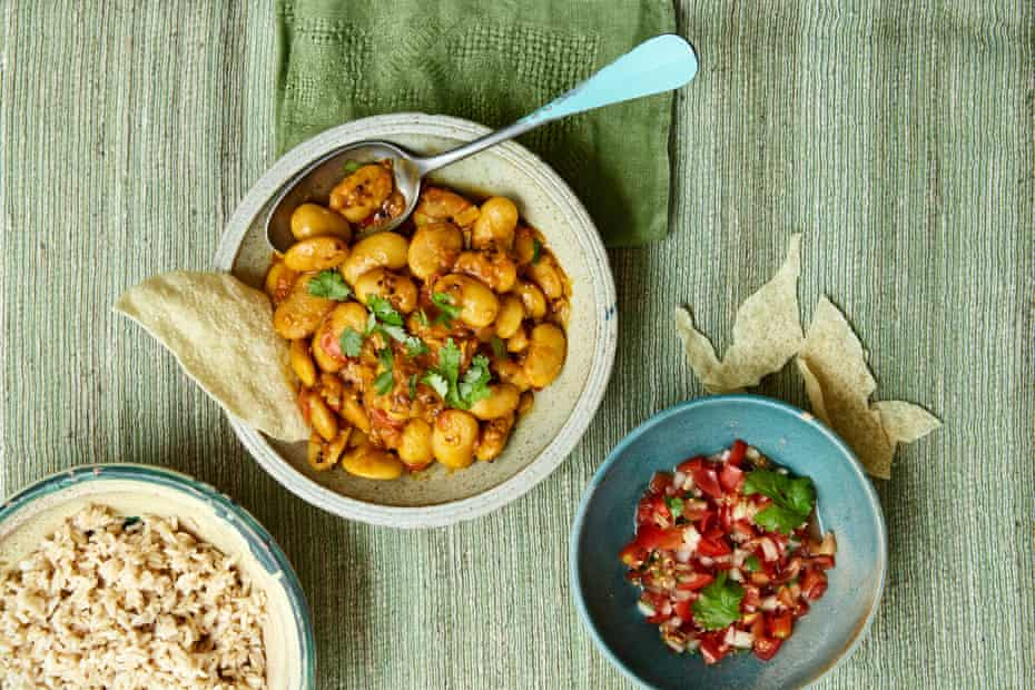 Fragrant butter bean curry