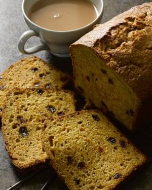 Hugh Fearnley-Whittingstall's pumpkin raisin tea loaf.