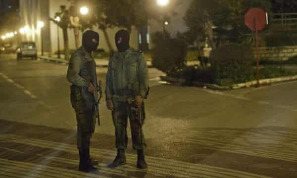 Tunisian soldiers guarding the National Bardo Museum last night.