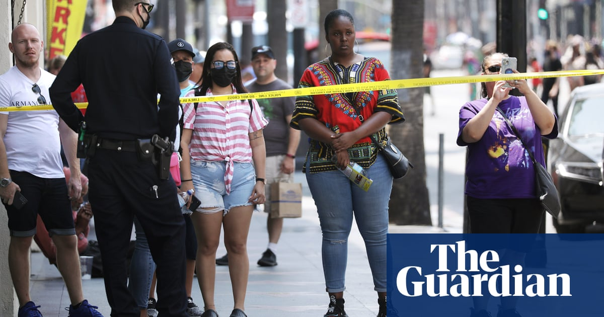 Los Angeles police fatally shoot man on Hollywood's Walk of Fame