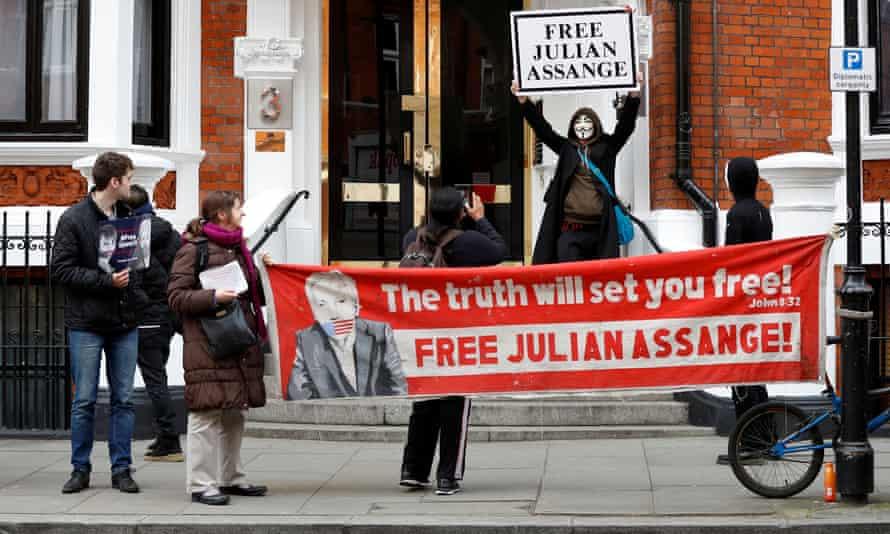 Julian Assange supporters demonstrate outside the Ecuadorian embassy in London