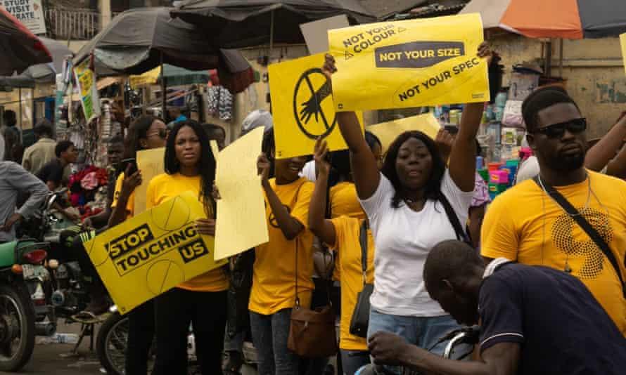 Protesters at Yaba market in Lagos, Nigeria