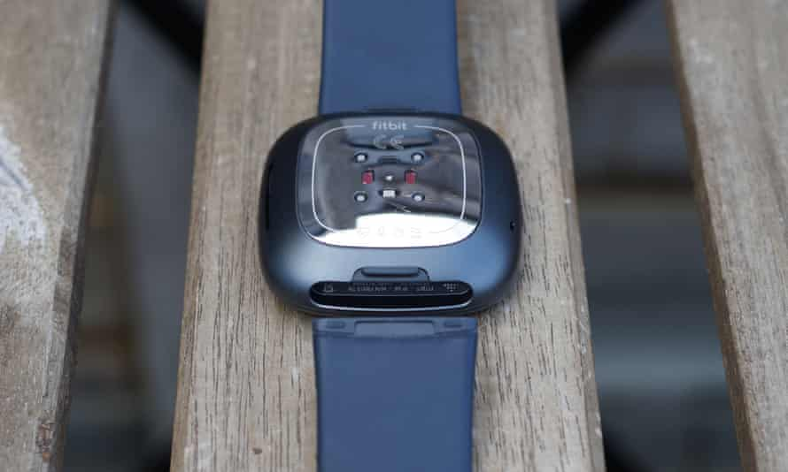 ▷ Fitbit Sense review: a good smartwatch that fails on sustainability | Smartwatches - Promo