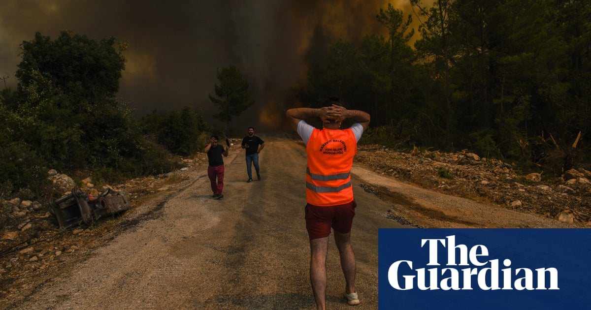 World weatherwatch: deadly Turkey wildfires rage on