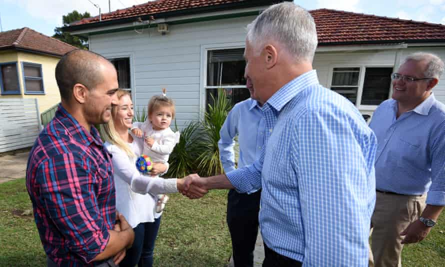 Malcolm Turnbull meets family