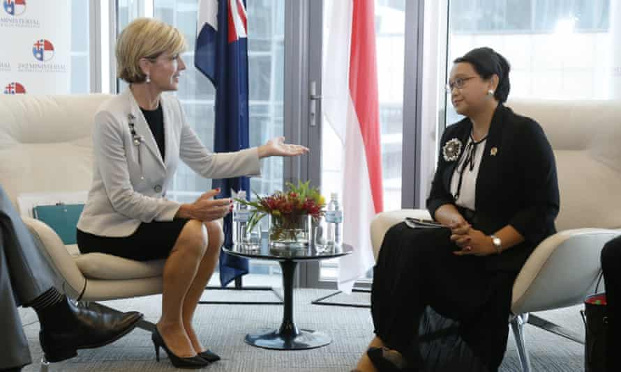 Australian foreign minister Julie Bishop and Indonesian foreign minister Retno Marsudi