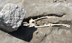 The first body found in the Regio V excavation.