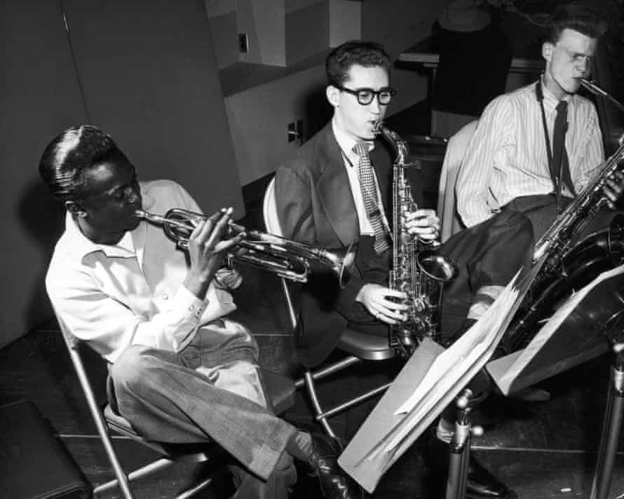 Lee Konitz, centre, with Miles Davis, left, and Gerry Mulligan at the Birth of the Cool recording sessions in New York, 1949.