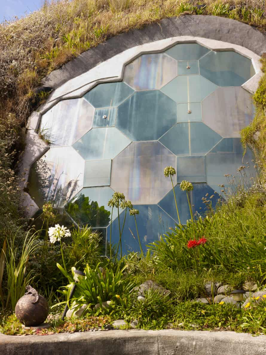 Ground control: the dome is buried at a depth of up to 4m and river rocks are used to help with heat insulation.