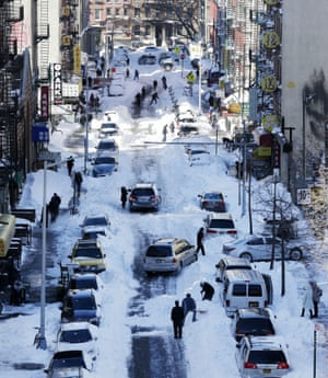 Henry Street in the Chinatown neighbourhood of New York
