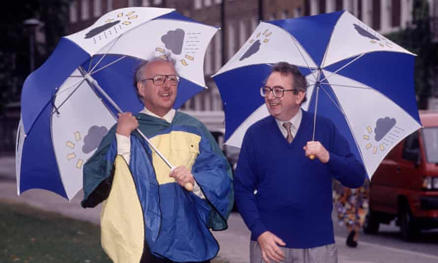 Ian McCaskill, right, with fellow forecaster Michael Fish in 1991.