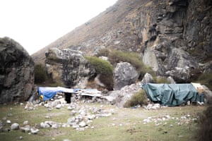 Temporary shelters in front of the caves south of Kyanjin Gompa