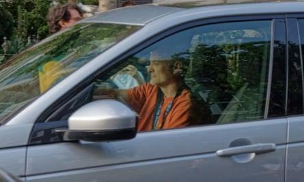 Dominic Cummings driving in London