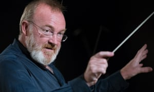 London Sinfonietta conducted by Martyn Brabbins