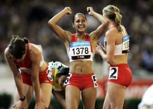 A personal best score of 6,269 points gave Ennis a Commonwealth Games bronze medal