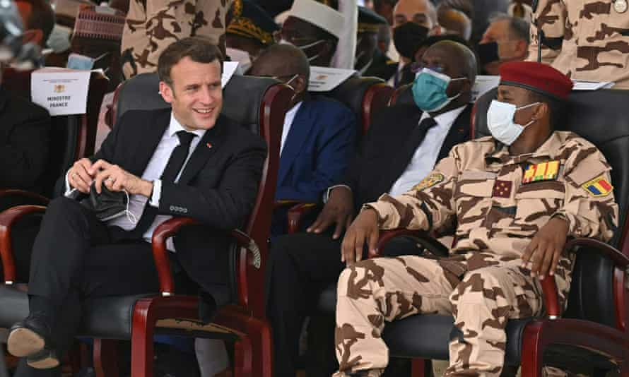 France's president, Emmanuel Macron, and Mahamat Déby in Chad last week at the funeral of the latter's father.