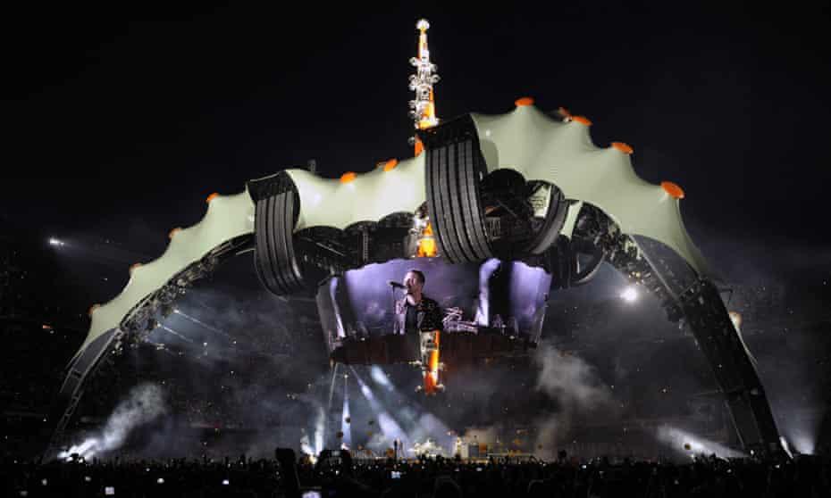 U2's claw