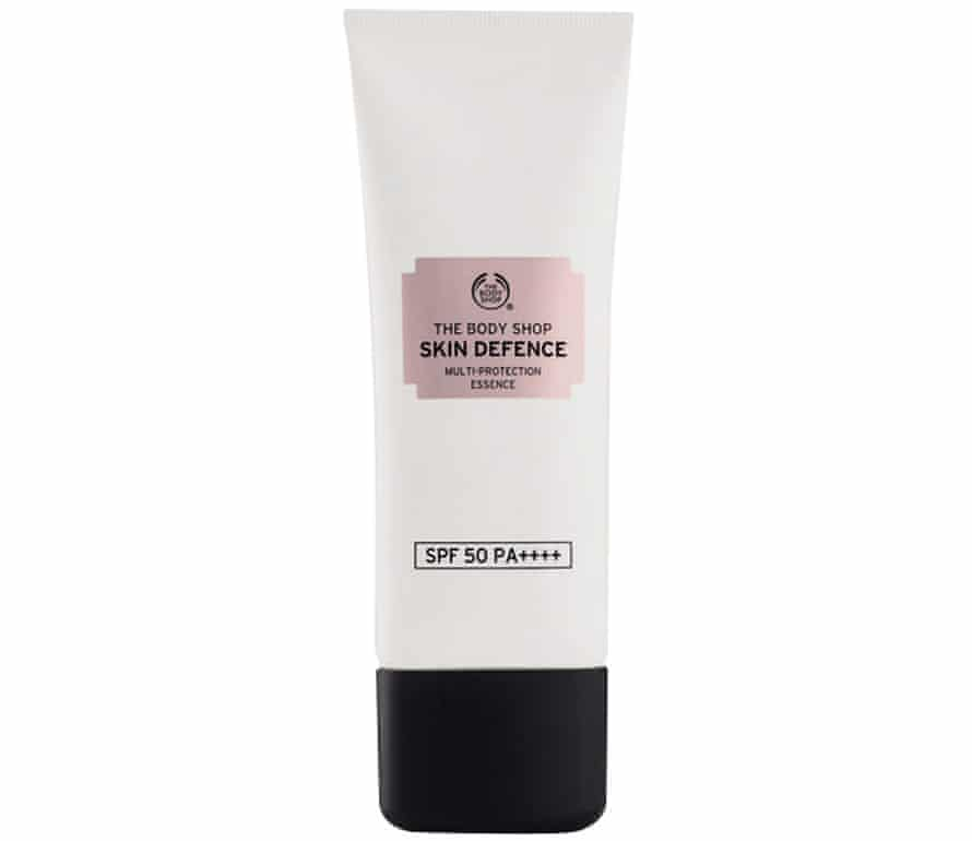The Body Shop Skin Defence Multi Protection Essence SPF50