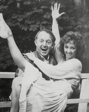 Debbie McGee with Paul Daniels in 1988.