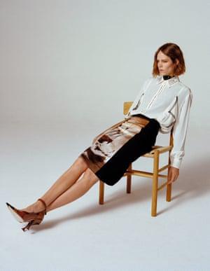 Sitting back. Model Freja Beha Erichsen wearing Burberry.