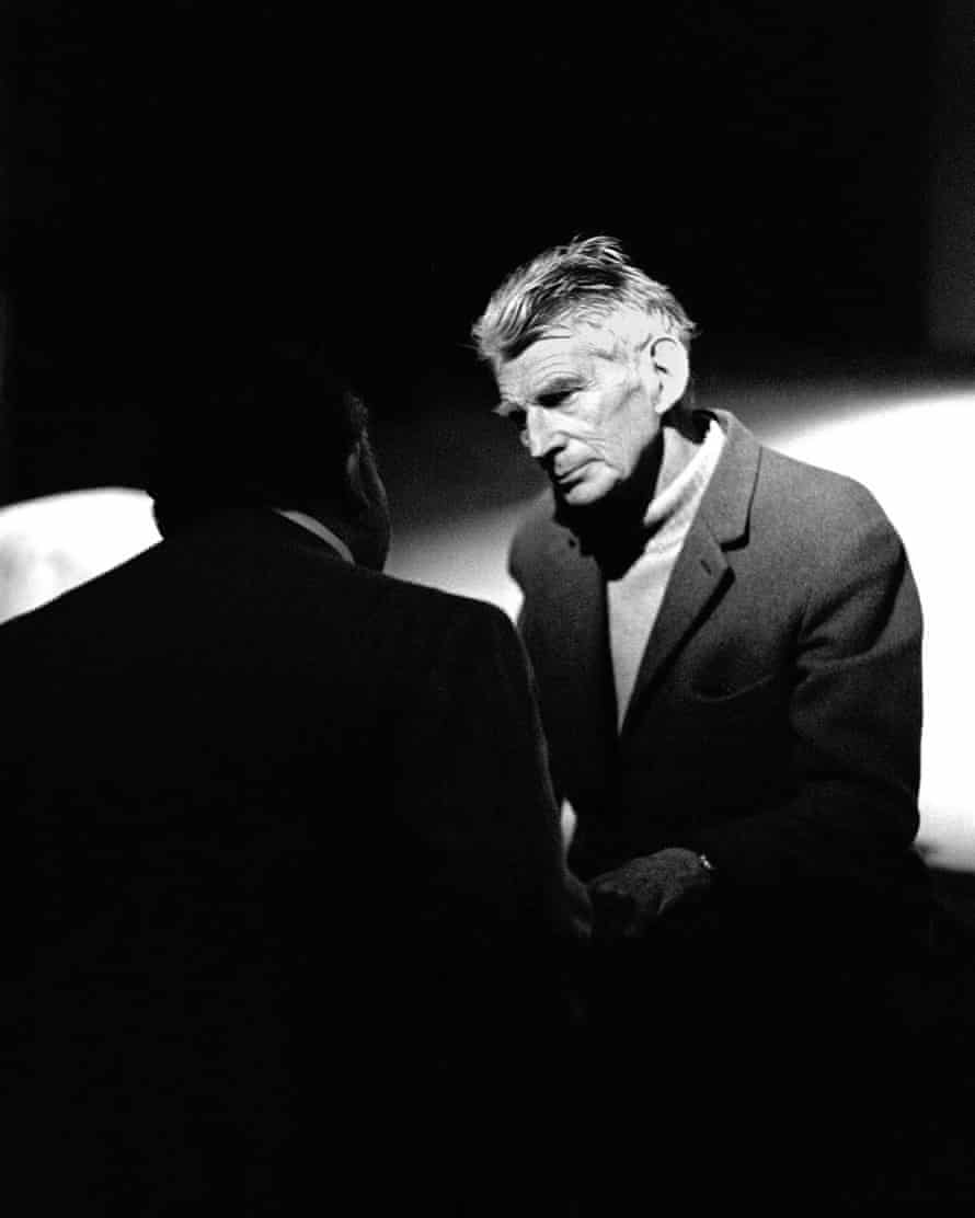Beckett at rehearsals for Waiting for Godot at the Royal Court in the 1980s.