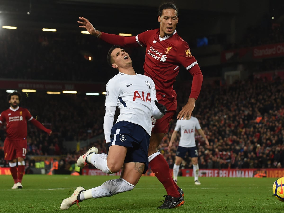 Liverpool S Virgil Van Dijk I Can Handle The Pressure Of 75m Price Tag Liverpool The Guardian