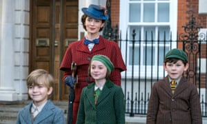 Emily Blunt with Joel Dawson, Pixie Davies and Nathaniel Saleh in Mary Poppins Returns, directed by Rob Marshall.