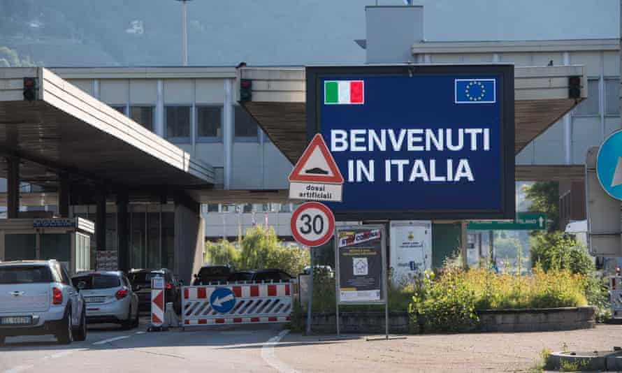 Border crossing between Switzerland and Italy