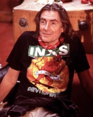 Joel Schumacher on the set of Cousins in 1989.