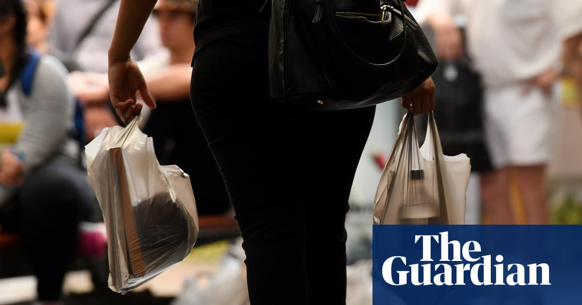 c40304b01883 Single-use plastic bags ban under scrutiny as shoppers switch and ditch  reusables