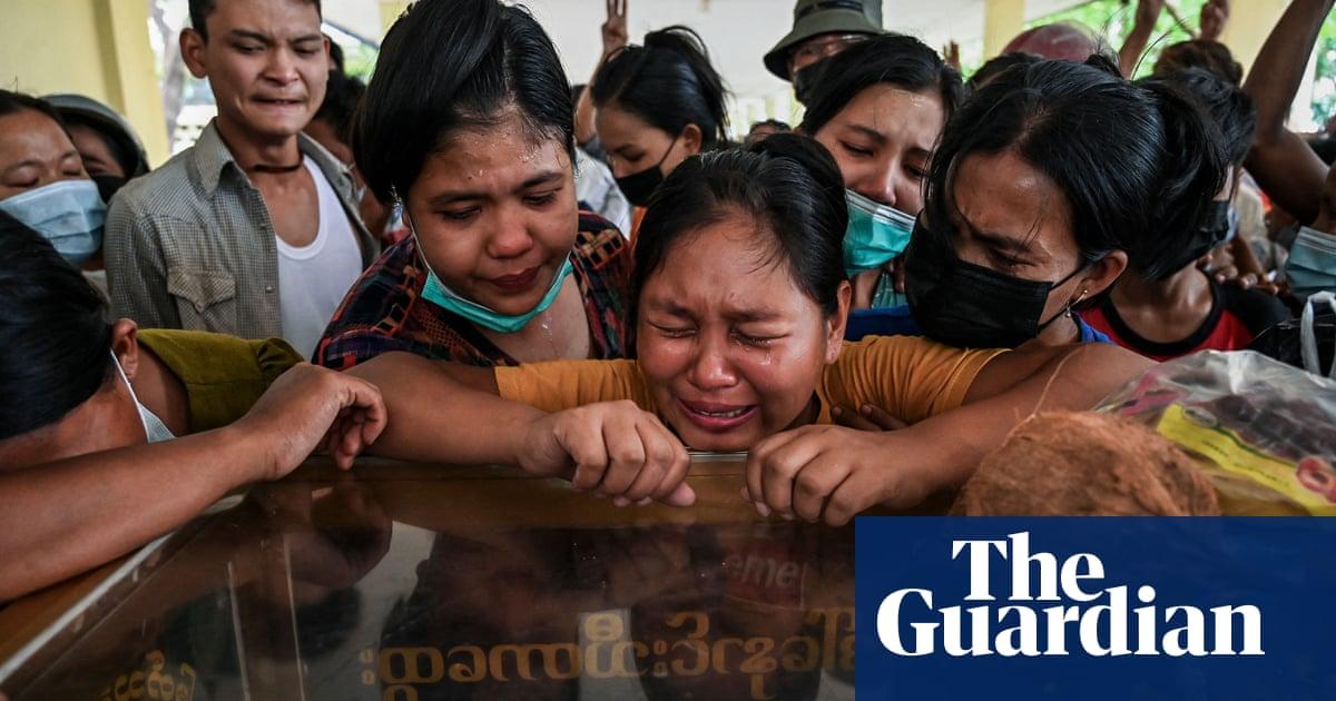 ミャンマー: US orders diplomats to leave as coup spurs ethnic tensions