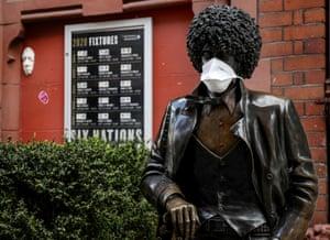 Dublin, Ireland. A statue of Phil Lynott