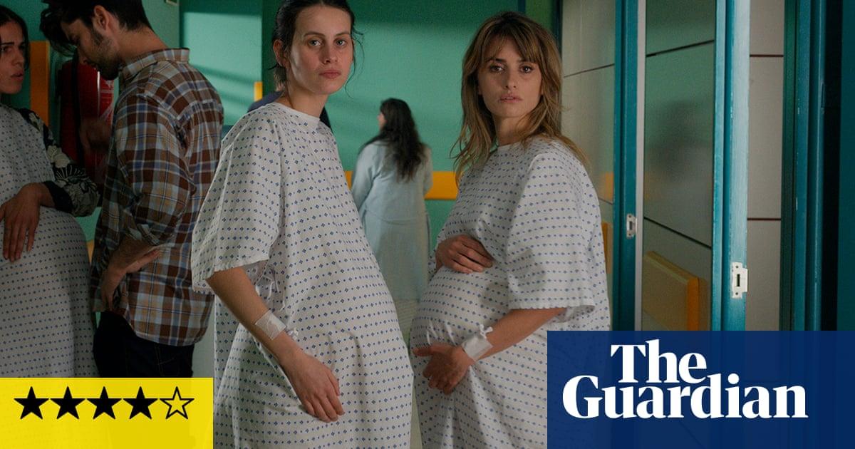 Parallel Mothers review – Almodóvar delivers Venice film festival a little bundle of joy