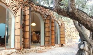 Casa Cova Blanca in the mountains of Catalonia.