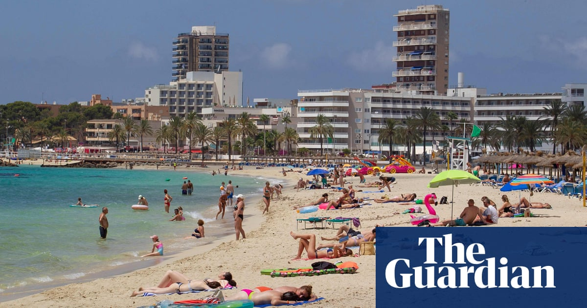 Spain records surge in Covid cases among unvaccinated young people