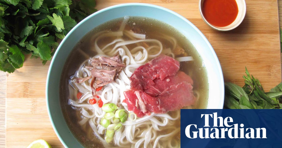 How To Make The Perfect Beef Pho Life And Style The Guardian